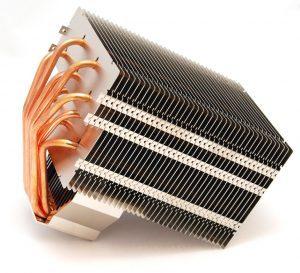 kompyuternyj-medno-alyuminievyj-radiator-300x273-1244332